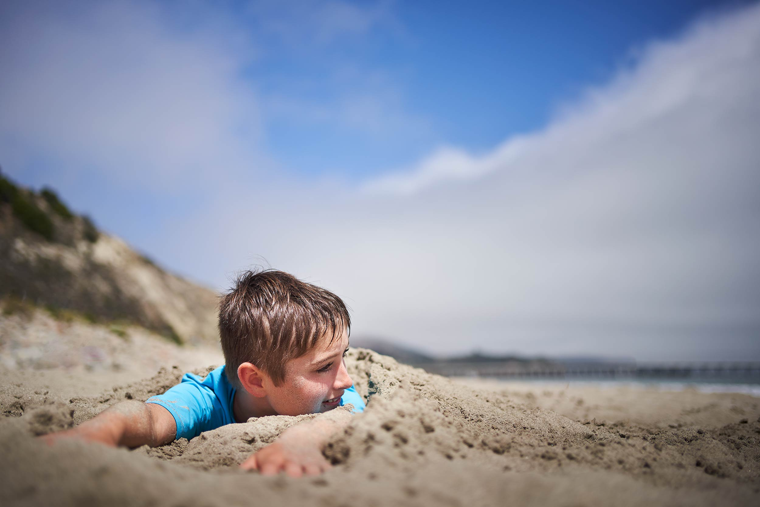 avila_beach_family_0046-sand-bury-boy